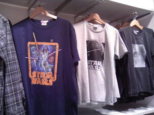ユニクロ スター・ウォーズ Tシャツ