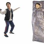 ベルメゾン「ハン・ソロ風フリースベスト/スウェットパンツ」、「カーボナイト凍結つつ毛布」発売!お部屋でハン・ソロになろう