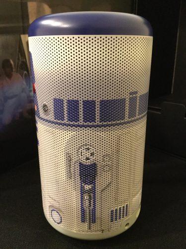Anker Nebula Capsule ll R2-D2 Edition モバイルプロジェクター
